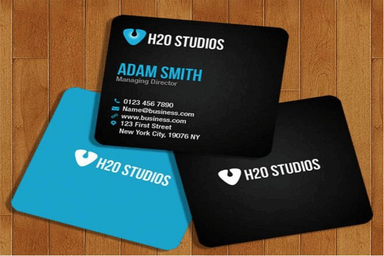 100 best free psd business card mockups 2018 free square business card mockup psd colourmoves Images